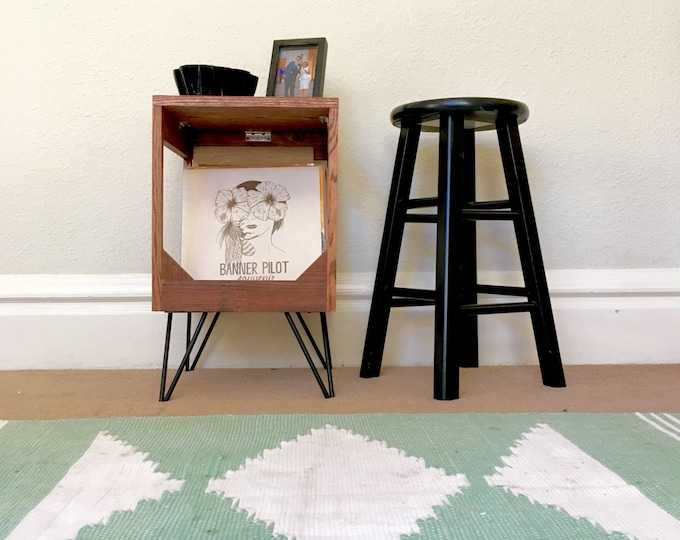 """Vinyl Record Display End Table // Practical Way to Display and Protect Your Collection of up to 80 12"""" Vinyl Records // 100% handmade"""