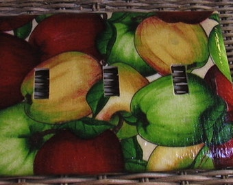 Red Golden Green Apples Triple Toggle Light Switch Plate Cover