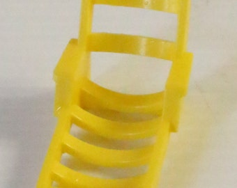 FISHER PRICE Little People Yellow Lawn Chair, vintage yellow toy, Vintage little people toy, vintage lawn furniture, vintage toy for child