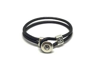 Leather Swarovski button bracelet
