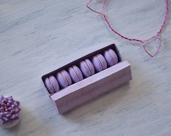 miniature macarons polymer clay, lavender macarons, dollhouse macarons, macarons for bjd, set of 6 macarons, realistic macarons in box