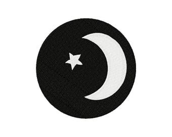 Woodland night moon and star machine embroidery design