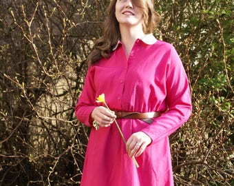 Vintage 60's St Michael Fucshia Pink with White Peter Pan Collar Dress Embroidered Retro Go Go Batwing Sleeves