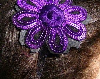 a black velvet and sequins and velvet flower headband handmade creation 7cm hand band