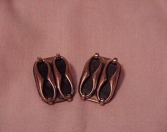 Vintage--RENOIR--Copper--Clip Style--Earrings--Mid Century--Modernist--Signed