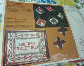 Creative Circle Counted Cross Stitch Sampler Kit Holiday Greetings