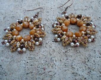 """Snowflakes"" caramel colored beaded earrings"