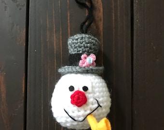 Frosty the Snowman crochet ornament