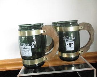 Siesta Ware Set of 4 Barrel Glass Beer Mug-Wood Handle Rare Dark GREEN Wolfe Tavern ,The White Horse,R-ANGELL,Ye Old Canoe Place Inn.