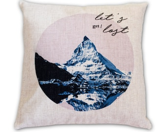 In a Circle - Pillow Cover