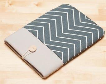 Kobo Aura sleeve /  kindle sleeve / Kindle paperwhite case / kobo glo HD sleeve - Chevron gunmetal ash -