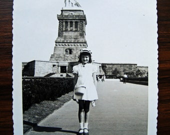 Lil' Liberty... 1940's Vintage Photo... Original Vintage Snapshot Photograph