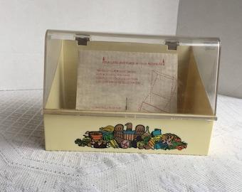 Melamine Recipe Card File Container / Vintage Plastic Kitchen Storage