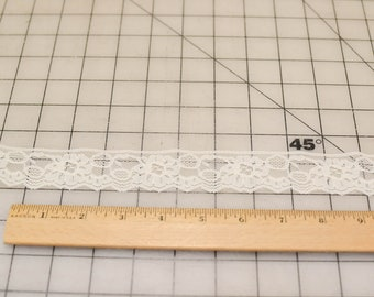 Vintage Lace, Approximately 163 Yards, Off White