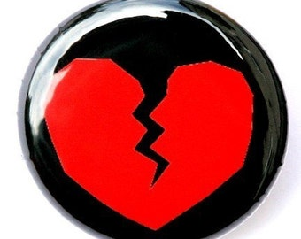 Broken Heart - Pinback Button Badge 1 inch