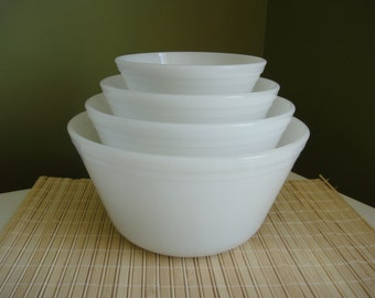 Vintage Federal Milk Glass Mixing Bowls 4pc.