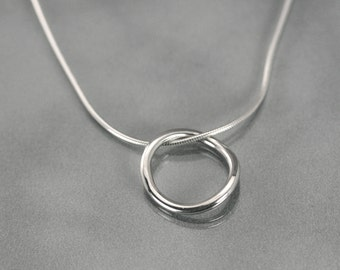 Simple eternity circle necklace, Silver circle necklace pendant, Open circle necklace, Modern minimalist, Infinity circle, karma life