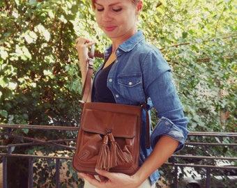 Brown Vintage leather bag, vintage brown leather shoulder bag, leather bag purse handbag, little brown leather bag, boho hippie leather bag