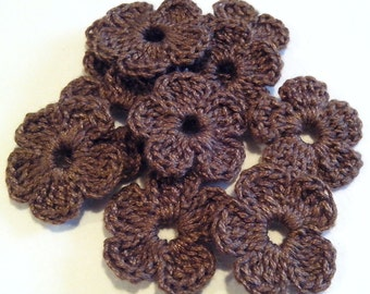 10 Crochet Mini Flowers for applications / Set of  10 Pz Crochet Flowers / Crochet Scrapbooking/Crochet  Applique/ Mini brown flowers