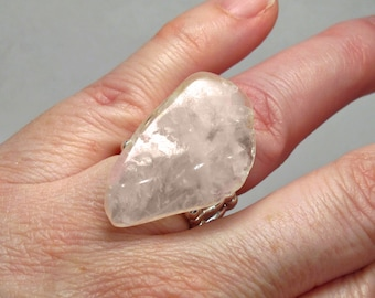 Chunky Rose Quartz Nugget Ring ~ Stretch Ring with Rose Quartz ~ Unique Pink Gemstone Ring