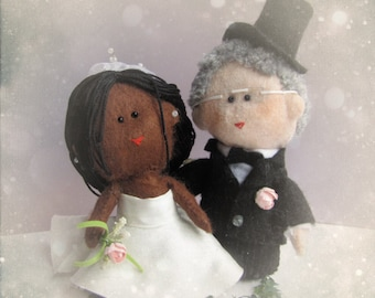 Custom Bi-racial felt wedding cake topper - your own personalized African American bride and groom - customized ooak - Handmade in France