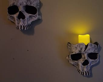Set of 2 Skull Sconces