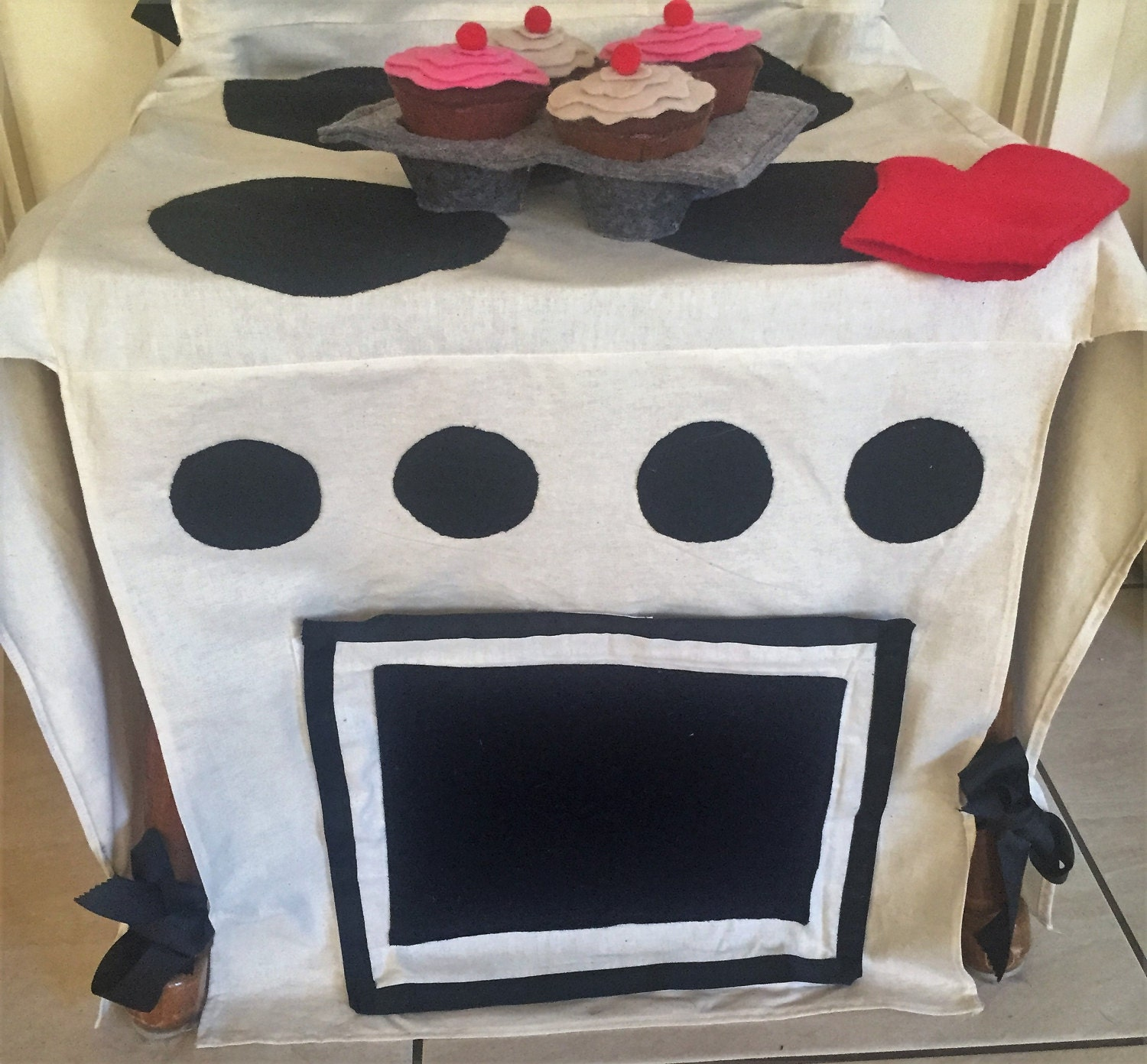 Play Oven Chair Cover. handmade kids stove fold away kitchen