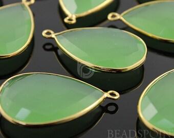 Green Chalcedony, Bezel Pear Shape Gemstone Component, Gold Vermeil ,  30x20mm 1 Piece, (BZC7087)