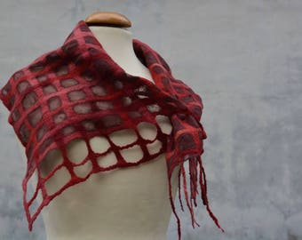 Lattice scarf, scarf, red, felted, wool, merino, chiffon, silk, diamonds, Nunofilz
