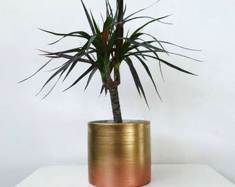 Ribbed ombre Planter // Metallic Gold and Copper // Office // Plant Pot // Desk Accessory