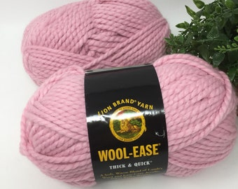 Yarn 2 Skeins Lambswool Blend Wool Ease Super Bulky 218.5 Yards 11.8 Oz Lot 728
