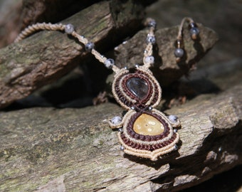 Macrame necklace with jasper and citrine