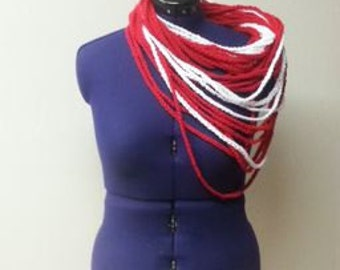 Red and White Chain Scarf