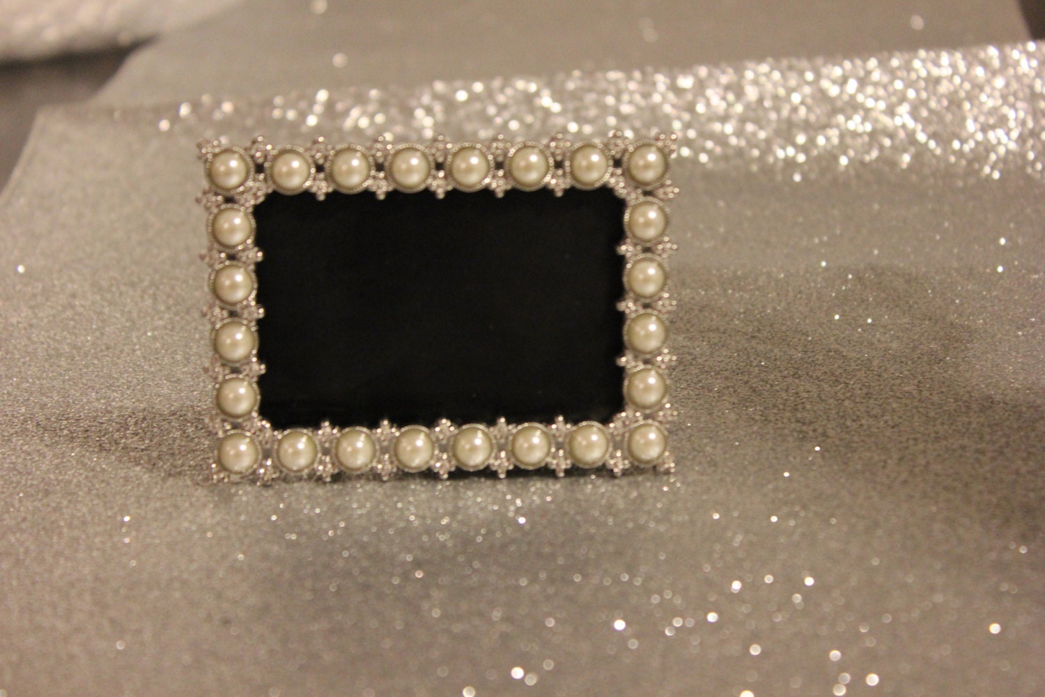 Set of 20 pearl frames frame mini table numbers silver zoom jeuxipadfo Images