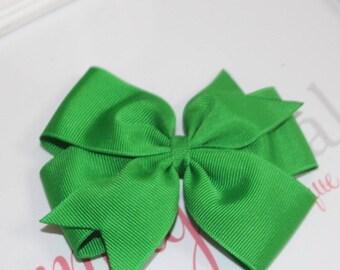 4 inch emerald green pinwheel boutique bow