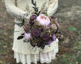 Plum Sola Wood Flower Bridal Bouquet, Purple Silk Peony and Dried Flower Arrangement, Boho Wedding Bouquet,Keepsake Bridal Bouquet