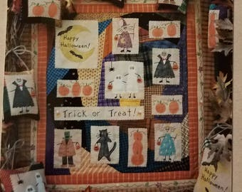 """Trick or Treat Quilted Wall Hanging and Ornaments Sewing Pattern Designed by Bareroots #56 16"""" X 18"""" UNCUT"""