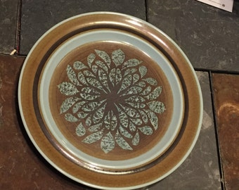 """FRANCISCAN Pottery NUT TREE 10.5"""" Dinner plate"""