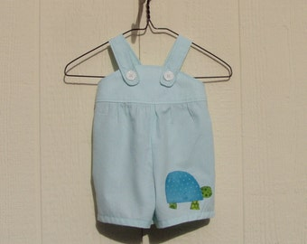 Turtle on Light Turquoise Stripes Short Romper Size 6 Months
