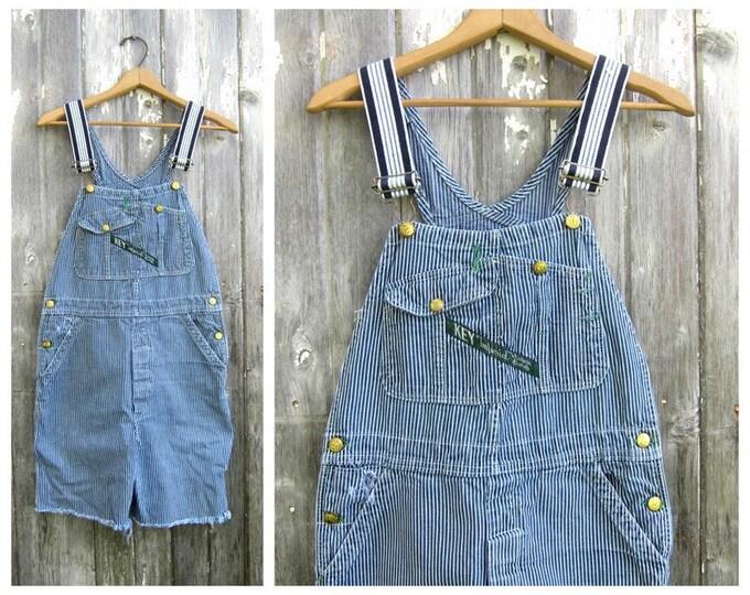Pinstriped Bib Overalls SHORTS DISTRESSED Key denim Blue Jean Bibs Pin stripe Blue White Farmer Button Fly Cut Offs Unisex 32 Inch Waist