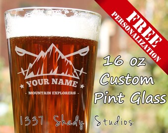 CUSTOM Skiing Pint Glass - Skier Beer Glasses, Add Your Own Name and Mountain - Personalized FREE - Ski Club Design 3