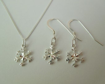 Sterling Silver 925 Snowflake Necklace & Earrings Set Christmas Xmas Winter Themed Drop Earrings