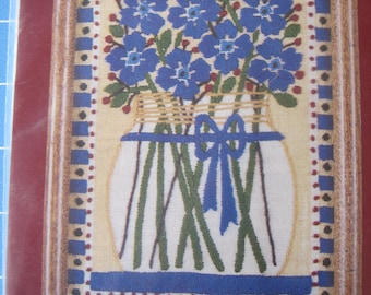 "NOS - Needle Treasures Stitchery ""Blue Flowers in a Jar"" - Crewel Embroidery  - Kit 00709"
