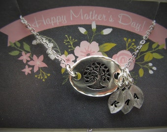 Mother's Day Necklace on Card, Silver Family Tree Pendant with Leaf Initial Charms, Custom Personalized Jewelry Gift for Mom or Grandma