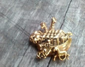 Vintage Noah's Ark Brooch/ Pin, Inv.#259