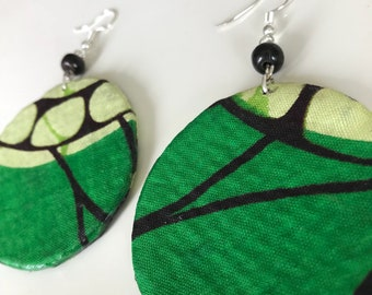 African print round earrings, Ankara jewelry, Green fabric jewelry, green dangle earrings, green drop earrings, statement African jewelry