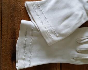Vintage Ladies White Dress Gloves