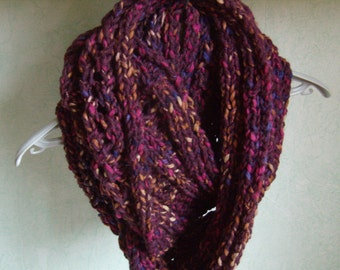 Infinity snood, circular scarf, hand knit, cowl, chunky scarf, twisted, Burgundy/purple