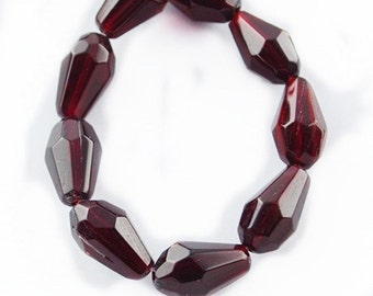 14 Inch Strand Of Transparent Teardrop Faceted Glass Beads 13x8mm (27 beads)-8317