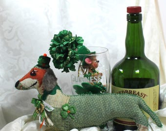 St Paddy's Day / Doxie Doggy Quilty Critter / Dachshund /  OOAK / Folk Art / Novelty / Gift / Ireland